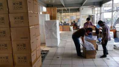Indonesia Marine Fish & Corals Export Packing